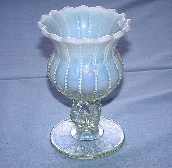 White Opalescent Glass : Beautiful vintage fenton hand blown opalescent white