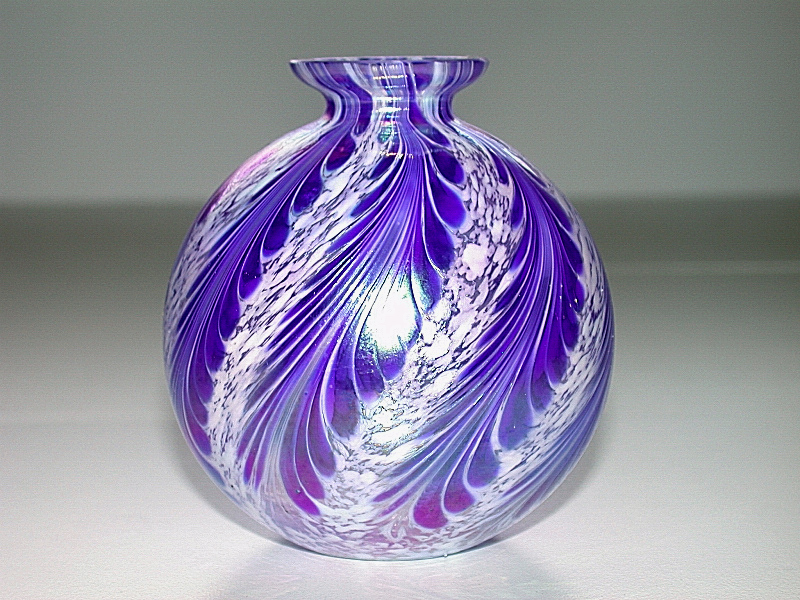 Vintage hand blown art glass blue white iridescent