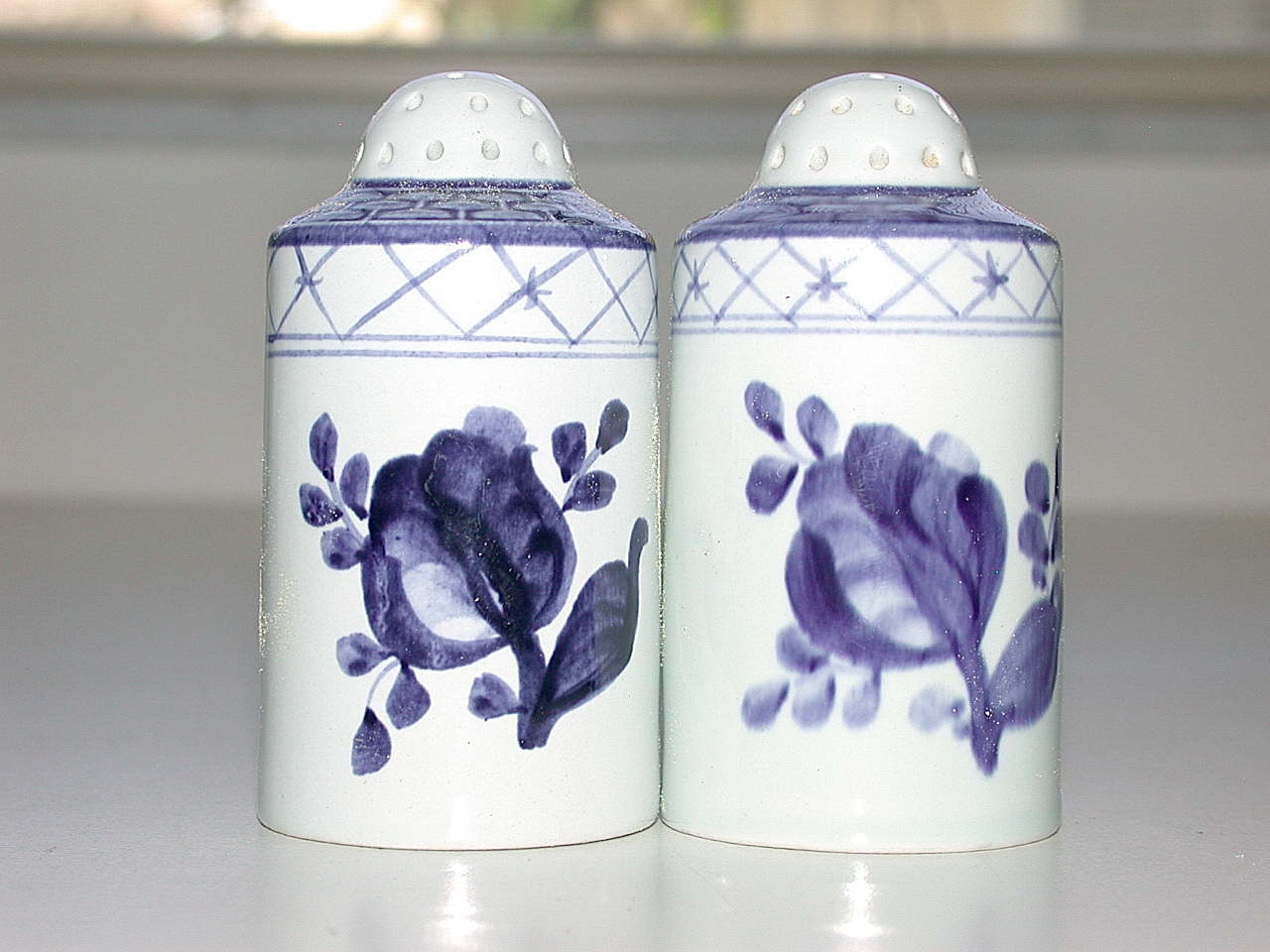 Beautiful Royal Copenhagen Denmark Hand Painted Salt